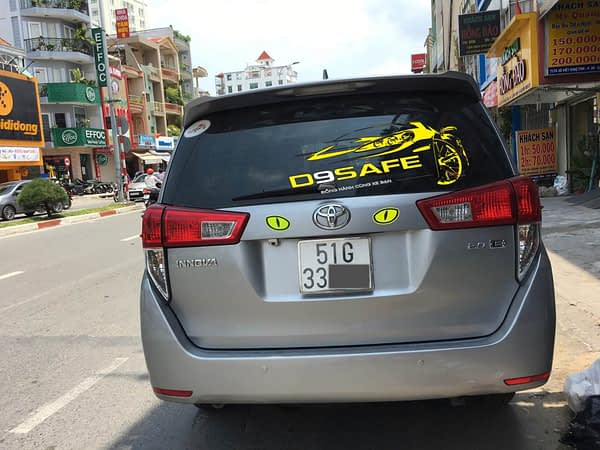 mắt phản quang 3m kim cương xe hơi